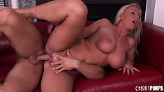 Bodacious blonde slut Devon Lee lets his dick dive deep in her sweet snatch