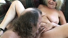 Mature blonde twat spreads her legs and gets her beaver wrecked