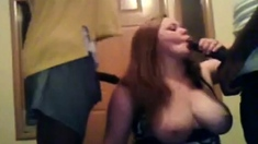 Curvy white girl fucks two brothas in front of her webcam