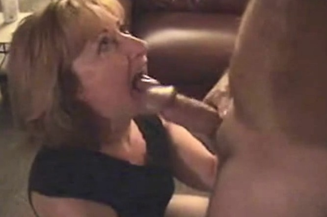 amateur mature sluts videos