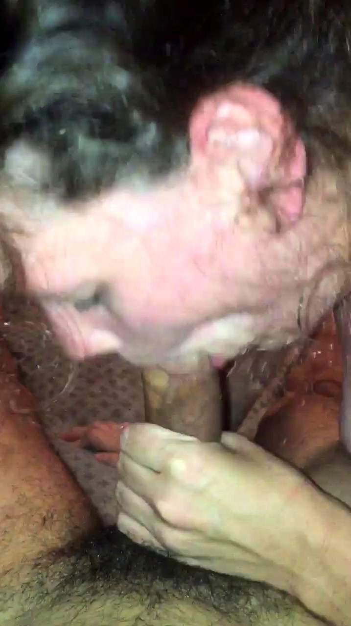 Amateur Teen Party Blowjob