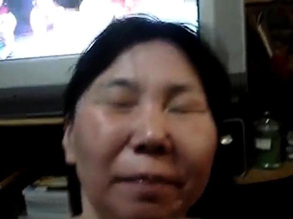 Asian Mom Teaches Blowjob