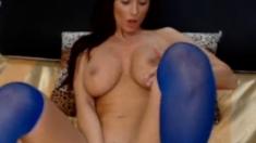 Big boobs honey fingering on webcam